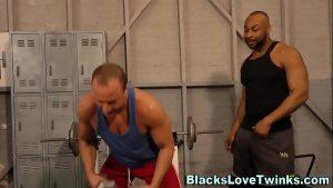 imagen Buff black guy spunks