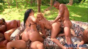 imagen EVASIVE ANGLES Hot Latin Pussy Orgy