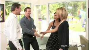 imagen Sexy Housewives Holly Wellin And Kayme Kai Switch Their Husbands For One Afterno