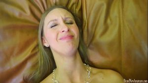 imagen Super hot amateur does it all on a casting couch